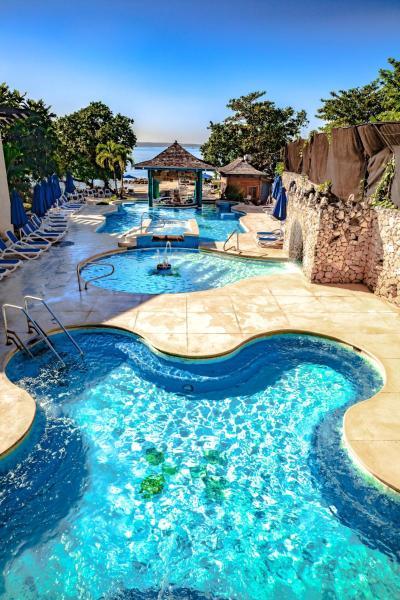 Hedonism resort mature upscale