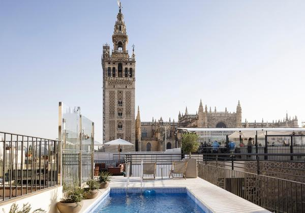 Eme Catedral Hotel 5 Old Town Seville Spain 34 Guest